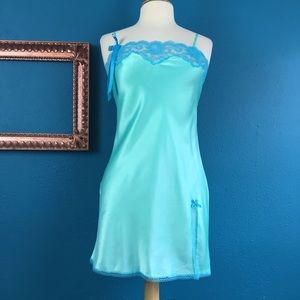 Victoria's Secret seafoam green slip nightie S